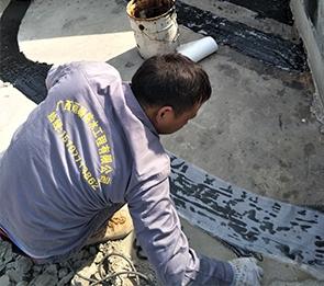 如何做好金属屋面防水